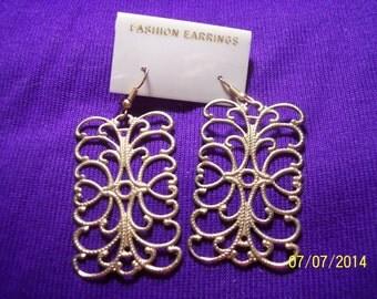 Costume Gold Tone Scroll Work Earrings #238