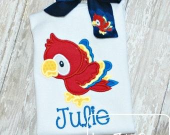 Parrot Applique Embroidery Design - jungle applique design - bird appliqué design - parrot applique design