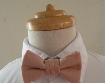 Pink linen baby bowtie / boys bowtie / children's bowtie