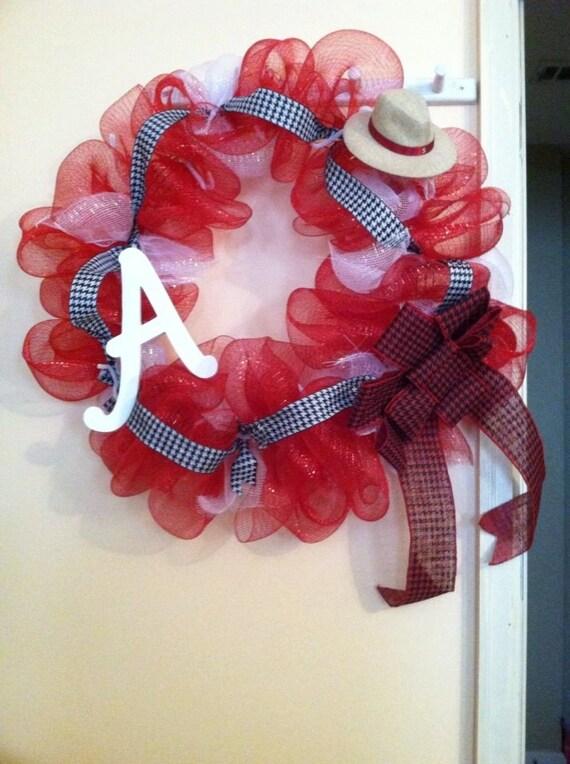 Roll tide bama wreath alabama wreath by elsiescreativedesign for Alabama football wall mural