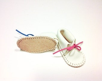 Baby Leather Moccasin.
