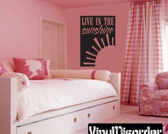Live In The Sunshine Summer Quote Vinyl Wall Decal Or Car Sticker   Mv001ET