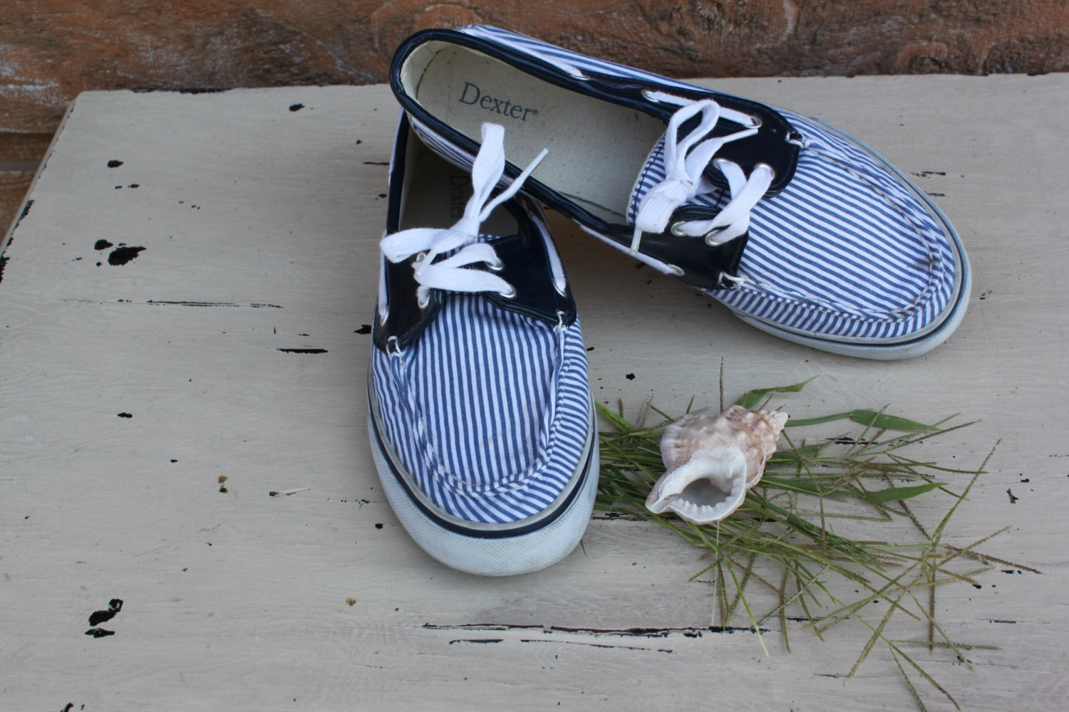 boat shoes vintage nautical navy blue and white