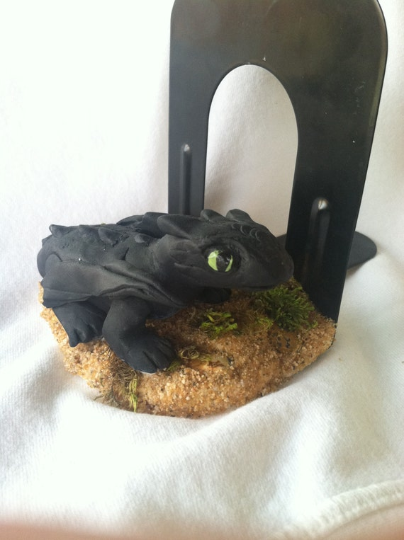Toothless dragon bookend - Dragon bookend ...