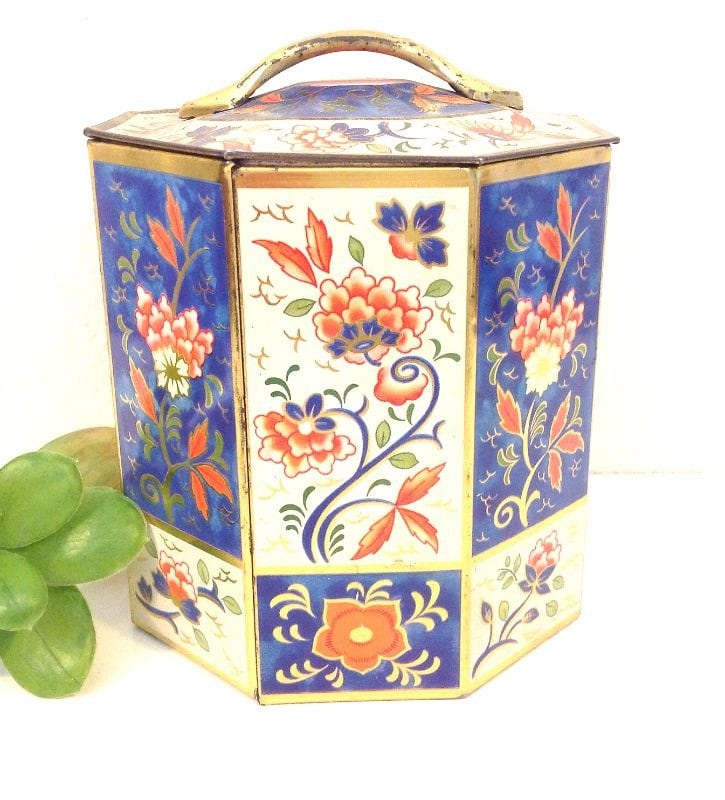 Storage solution vintage sharps octagon toffee tin for Mini tin mailboxes for crafts
