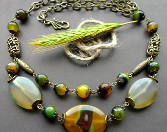 necklace Natural Agate. necklace olive green. necklace Gemstones stones. olive green Agate. necklace Agate. details Antique Brass.