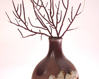 Vintage 1970's at its best! - Mid Century Modern - This bud vase or weed pot is a real stunner.