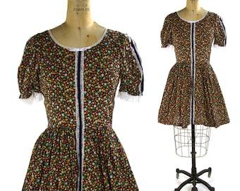 60s Cotton Dirndl Dress / Handmade Vintage 1960s Floral Cotton Calico Day Dress / Hippie Boho Folk Square Dance Lolita / Women's Small