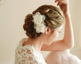 Wedding hair pins, bridal hairpins, wedding headpiece, flower hair pins - style 115