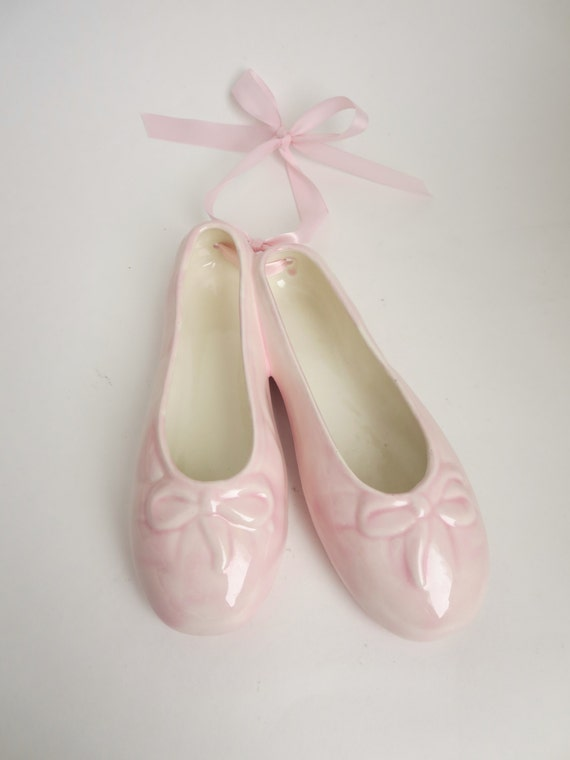 Pink ceramic ballet slippers wall hanging pink ballerina for Ballet shoes decoration