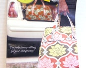Weekender Travel Bag Pattern by Amy Butler perfect for making a tote, bag, large purse UNCUT sewing pattern