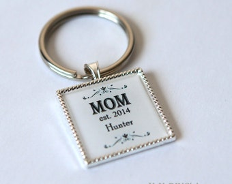 Personalized gift for mom keychain, new mom gift, mom childrens name, mom keychain,mom keychain, custom keychain, custom quote keychain