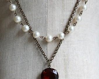 Ruby Red Necklace, Swarovski Pearl Necklace, Vintage Style, Statement Necklace, Ruby Necklace, Red Necklace