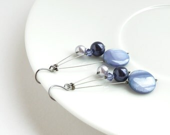 Lilac Pearl Drop Earrings - Soft Purple Bridesmaid Jewelry - Periwinkle Earrings - Lavender Wedding Accessories - Bridal Party