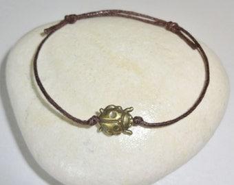 Ladybug Bracelet or Anklet in Antique Brass, Bronze Ladybug Bracelet, Animal Bracelet, Woodland, Fiber Bracelet, Good Luck Bracelet
