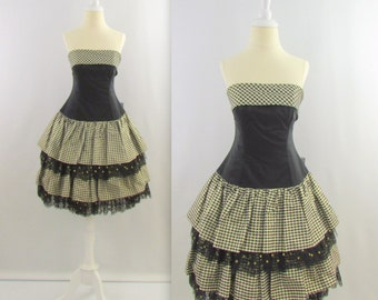 On Sale Onyx Gingham Prom Dress - Vintage 1980s Party Dress in Black + Gold - Small by Flirtations