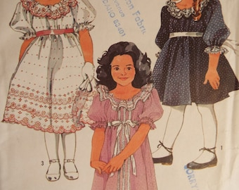 Ruffles and lace little girls dress pattern uncut  Simplicity 6713 size 4-6