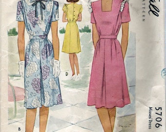 Vintage 1944 McCall 5706 WWII Dress Four Styles Wartime Sewing Pattern Size 14 Bust 32""