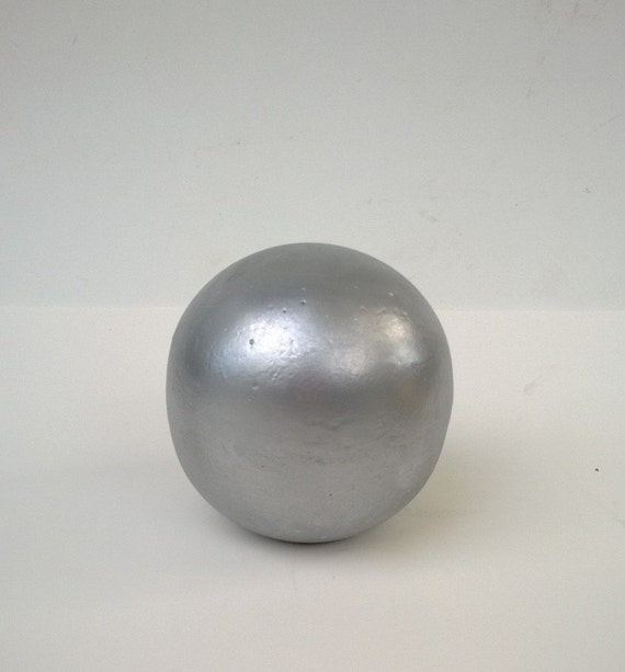 Decorative sphere silver hand crafted cement ball cast