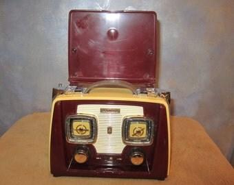 Retro SPIRIT TRANSATLANTIC  Novelty AMFM  Radio The Traveling Suitcase
