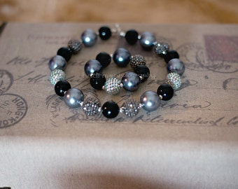 Baby girl and toddler girl chunky bead necklace and bracelet SET in silver and black pearl, children necklace, photo prop, birthday