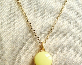 Pale Yellow Necklace, Simple Yellow Necklace, Yellow Resin Disc Necklace, Gold Chain Yellow Necklace, Resin Jewelry For Her