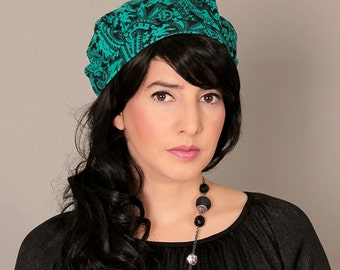 Winter green beret,French beret,Soft headwear,Headcovering,Hair accessory,Warm beret,Womens winter beret,Warm unique beret