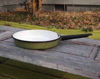Enamelware, Frying Pan, Green Enamelware, Enamelware Pan, Green Saucepan, Frying Pan, Camping Gear, Saucepan, Cookware, Kitchen Utensil, Pan