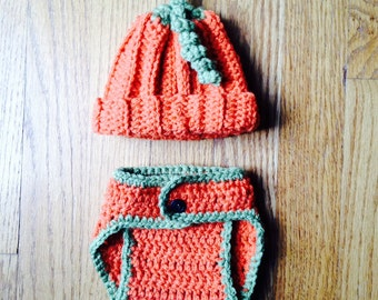 Pumpkin Hat and Diaper Cover Set.  Great for Fall Photo Session!