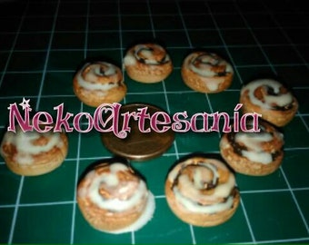 Cinnamon rolls with icing type re-ment 1:6 scale