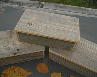 Barnwood MOOSE BOX handmade from reclaimed weathered wood - rustic refined