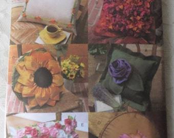 Vogue V7865 Craft Sewing Pattern Flower Pillows Sunflower Roses Pansies & More OOP