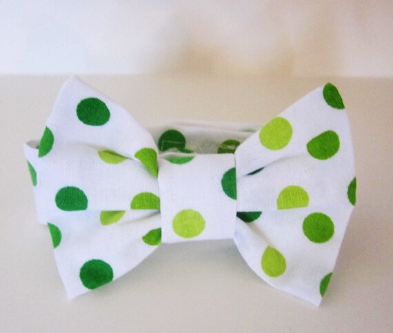 Dog Bow Tie: Light green Dark green Dots
