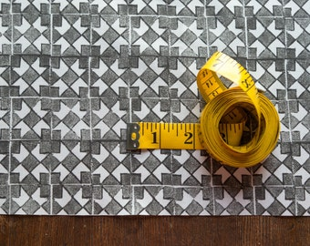 Ribbon Star Quilt Fabric - Charcoal