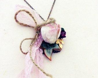 Necklace 'ELINOR DASHWOOD' Mixed Media Necklace, Jane Austen, Flowers, Roses, Blossoms