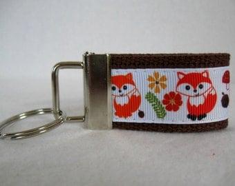 Small Fox Key Fob - Brown Woodland Mini Key Chain - Foxes Zipper Pull - Fox Luggage Identifier