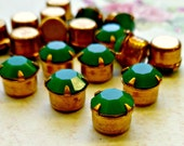 12 Vintage Swarovski Crystal Jewels - Opaque Green Article #518  (6-10F-12)
