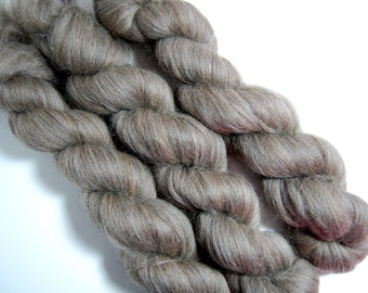 Dark Blueface Top - Brown Wool (naked or undyed) 4 oz or 115 grams