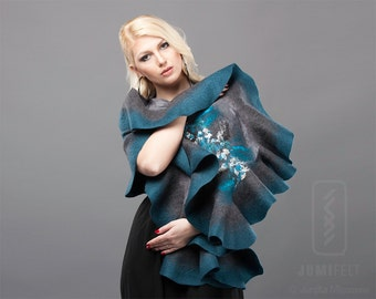 Felt Scarf - Wavy ruffled Shawl - Shiny Grey and Teal - Handmade wool and silk gift
