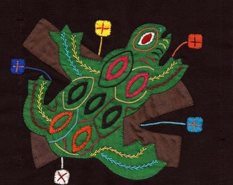 SALE! - Extraordinary Endangered Tree Frog Mola - Hand Sewn Kuna Indian Applique