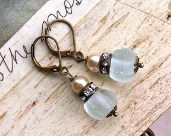 Subtle elegance.romantic,rhinestone,pearl, simple earrings. Tiedupmemories