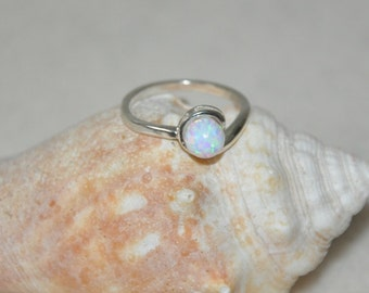 Opal ring, Sterling Silver Ring, Opal, White ball stone, White Opal, size 7.5, 7.75,  Opal Jewelry, Blue Opal, Green Opal, Purple
