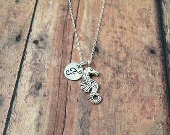 Seahorse initial necklace - seahorse jewelry, ocean necklace, beach jewelry, silver seahorse necklace, ocean jewelry, aquarium necklace