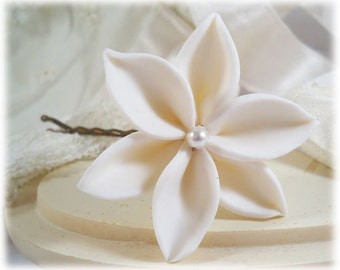 White Lily Hair Clip Pin - Bridal Lily Hair Flower