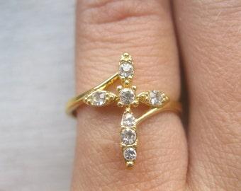 Vintage rhinestone religious ring