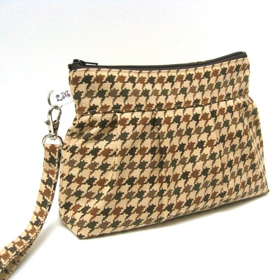 Zippered Wristlet Clutch Purse Houndstooth in Khaki Green Brown