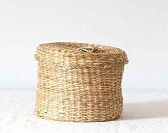 Vintage Straw Woven Basket