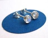 Grade A Rainbow Moonstone Stud Earings, Moonstone Earrings 5 mm Moonstone