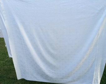 Vintage White Damask with Leaves Tablecloth