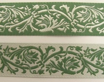 2 yards REVERSIBLE CLASSIC SCROLLS Jacquard trim in ivory and green. 7/8 inch wide. 984-a